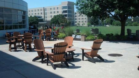 JMU- deck chairs
